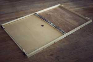 folding palette, installing glass 01
